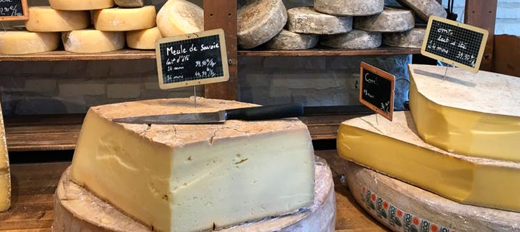 ¿Qué vino combinar con cada tipo de queso?