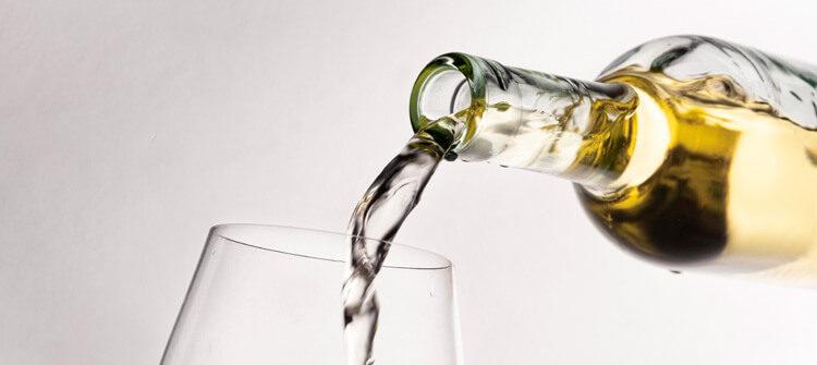 ¿Conoces los vinos blancos con crianza?